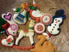 9 Felt Christmas Ornaments Decorations Vintage by RedStarVintage