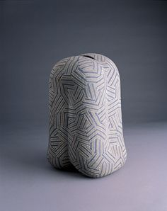 GICB2005 The International Competition/ <Special prize_Ceramics for use> / Shingo TAKEUCHI /  Japan / Jar with Inlaid Decoration / 2004/  Coiling,  stoneware /36×21×25