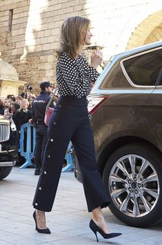 Queen Letizia of Spain Photos - Queen Letizia of Spain attends the Easter mass on April 1, 2018 in Palma de Mallorca, Spain. - Spanish Royals Attend Easter Mass in Palma de Mallorca