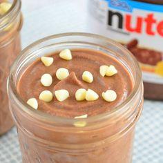 Maak zelf Nutella mousse! een heerlijk snel dessert met slechts 2 ingrediënten, naast de verrukkelijke hazelnootpasta gebruik je ook nog slagroom.