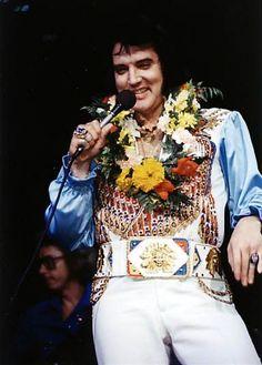 Elvis Presley - Richmond,VA. June 29, 1976 - Keith Alverson ©