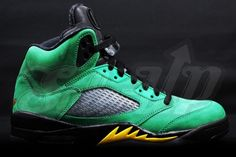 "buy online c0dab cde27 Here is a look at some new images of the ""Oregon Ducks†team edition of  the Air Jordan 5 Retro."