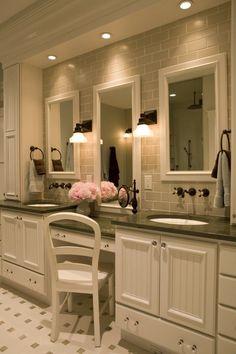 Aménagement salle de bain idée originale lavabo double