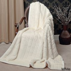 Aurora Home Mink Faux Fur Throw - 11921002 - Overstock.com Shopping - Great Deals on Aurora Home Throws