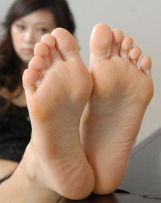 "Feet Photo ""CtjqC5CWcAAOM7B"" More at feetvidz.com | #FootFetish #SexyFeet #BareFeet #Soles #Feet"