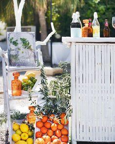 Barra de mojitos en la boda de S&F en #masiasanantoniodepoyo  Mil gracias por la foto @alfonsocalza  #cateringcinco #bodas2016 #bodasespeciales