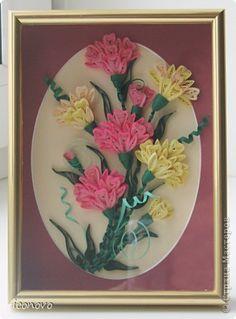 Картина, панно Квиллинг: Ещё одни гвоздики. Бумага, Бумажные полосы Отдых. Фото 1  Framed quilled flower bouquet.