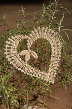 Album – Google+ Hairpin Lace Crochet, Thread Crochet, Lace Knitting, Crochet Edgings, Crochet Motif, Crochet Shawl, Bobbin Lace Patterns, Bead Loom Patterns, Hand Embroidery Flowers