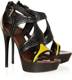 Burberry Prorsum Raffia and Patentleather Sandals in Black - Lyst