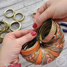 Diy fall crafts 255086766381493927 - Canning Ring Pumpkin Source by kearnott Jar Lid Crafts, Mason Jar Crafts, Mason Jars, Halloween Crafts To Sell, Diy Crafts To Sell, Autumn Crafts, Holiday Crafts, Canning Lid Pumpkin, Pumpkin Crafts