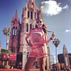 San Miguel de Allende #sanmiguel #sanmigueldeallende #parroquia #mexico #vivamexico #fashion #glamour #instalike #instafollow #followme