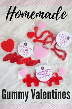 Homemade Gummy Valentines - the perfect kid friendly DIY! #valentinesday #diy