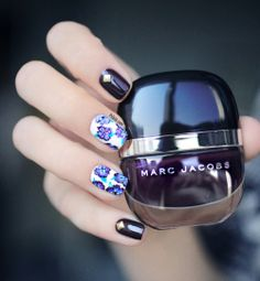 9 Floral Nails You Must Try for Summer Nail Art Violet, Purple Nail Art, Cute Nails, Pretty Nails, Classy Nails, Essie, Marc Jacobs Nail Polish, Hair And Nails, My Nails