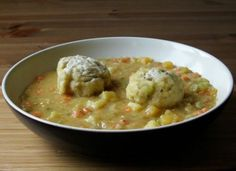 Newfoundland Pea Soup with Doughboys. This makes a very good winter soup. It benefits from ham hocks. I won't put the doughboys in again unless I can find a better recipe. Rock Recipes, Vegan Recipes, Game Recipes, Recipies, Cookbook Recipes, Cooking Recipes, Canadian Food, Canadian Recipes, Canadian Cuisine