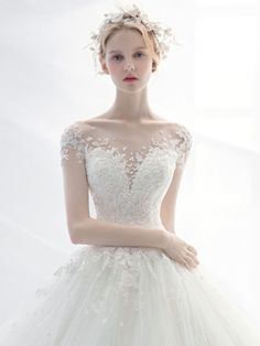 MONICA_18fw_10 Country Wedding Dresses, Princess Wedding Dresses, Dream Wedding Dresses, Bridal Dresses, Wedding Gowns, Bridesmaid Dresses, Mode Inspiration, Beautiful Gowns, Marie
