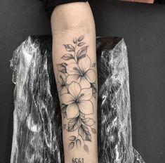 Tropical Flower Tattoos, Hibiscus Tattoo, Floral Thigh Tattoos, Rose Tattoos For Men, Wrist Tattoos For Women, Tattoos For Guys, Dope Tattoos, Forearm Tattoos, Body Art Tattoos