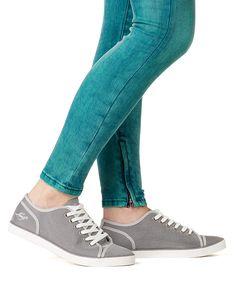 #shoes #jeansshop #levis