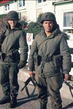 Argentine soldiers in the Falklands Iai Kfir, British Armed Forces, British Soldier, Falklands War, Future Weapons, War Image, Modern Warfare, Cold War, Models