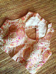 Blouse @arus Saree Jacket Designs, Choli Blouse Design, Saree Blouse Neck Designs, Choli Designs, Fancy Blouse Designs, Stylish Blouse Design, Designer Blouse Patterns, Sarees, Finding Fanny