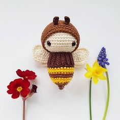 The shares continue to come for you. We continue to bring together the best examples of Amiguru Bee Toys, Crochet Bee, Snuggle Blanket, Wasp, Free Pattern, Crochet Patterns, Presents, Dolls, Christmas Ornaments