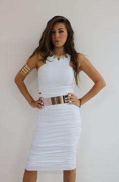 Crop top griego $519 y falda plisada $589 color moka, también disponible en baby blue, blanco, azul rey y negro♥ Consíguelo en una de nuestra 3 sucursales en GDL o pídelo por medio de whatsapp al 3316044531 ♥