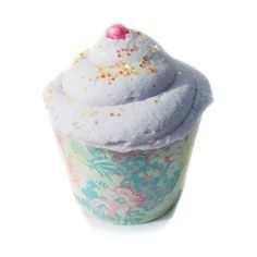 New York's Bathhouse Bubblegum cupcake bath bombs. Icing makes a bubble bath! These lovely bath bombs have been formulated to moisturize you skin while you sit back and relax in your hot tub but thats
