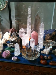 I don't think crystals can heal or divine the future but this is a beautiful display.