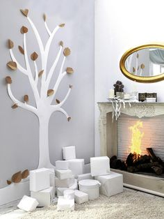 Are you ready to start decorating your home for welcoming Christmas and celebrating it? Are you looking for creative and new Christmas decoration ideas Handmade Christmas Decorations, Xmas Decorations, Holiday Decor, Christmas Time, Christmas Crafts, Christmas Ornaments, Christmas Ideas, Merry Christmas, Tree Wall