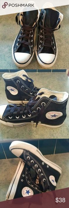 Converse Chuck Taylor high tops size W-7 M-5 Converse All Star Chuck Taylor high tops.  Size Men 5, women 7. In very good used condition. Black and white. Converse Shoes Sneakers
