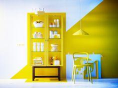 Haal de zon in huis met deze STOCKHOLM vitrinekast. #IKEA