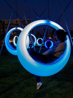 Swing Time: interactiv playscape in Boston