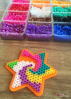 Perler Bead Backpack Tags - Such a great craft for kids! #MichaelsMakers strijkkralen