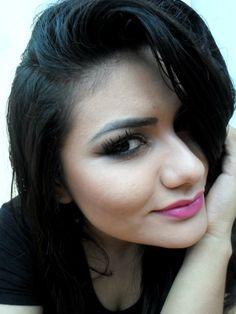 Boca rosa e olho esfumadinho marrom