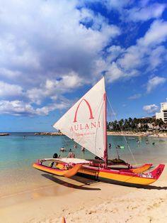 Sailing Canoe at Disney Aulani 1