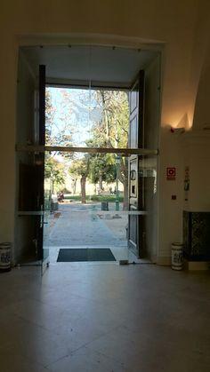 Mi primera puerta  #Segovia El Cafe de El Alcázar