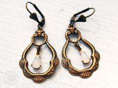 Viktorianische Vintage Ohrhänger von JanoschDesigns auf DaWanda.com