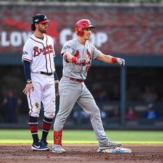 A quick -run … Robin Bird, Cardinals Baseball, Run 1, Mlb Teams, The Big Four, Ml B, Major League, Sports News, Events