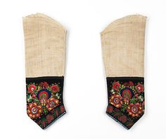 Undersleeves Date: ca. 1830 Culture: German Medium: silk, linen, metal Dimensions: 17 in. (43.2 cm) Credit Line: Brooklyn Museum Costume Collection at The Metropolitan Museum of Art, Gift of the Brooklyn Museum, 2009; A. Augustus Healy Fund, 1926