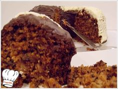 Πραγματικα ενα διαφορετικο κεικ που κρυβει μεσα του αυτο το διαφορετικο σε γευση και αρωμα που δεν υπαρχει..ειναι απλα ενα ΘΕΙΚΟ κεικ. <strong>Απολαυστε το!!!</strong> Greek Desserts, Food And Drink, Cooking, Bundt Cakes, Recipes, Kitchen, Kochen, Bunt Cakes