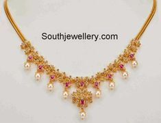 Simple 22 carat gold light weight uncut diamond necklace studded with uncut diamonds, rubies and south sea pearl drops. Light Weight Gold Jewellery, Gold Jewelry Simple, Coral Jewelry, India Jewelry, Temple Jewellery, Wedding Jewelry, Jewelry Sets, Jewelry Making, Diamond Necklace Simple