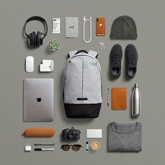 So fresh. The Bellroy Classic Backpack Plus. Backpack Essentials, What In My Bag, Edc Everyday Carry, Technology Gadgets, Herschel Heritage Backpack, My Bags, Backpacks, Mens Fashion, Stuff To Buy
