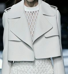 layered white fashion details // Balenciaga details Highlights From Day 2 of Paris Fashion Week Fashion Week Paris, Trend Fashion, Fashion Details, Look Fashion, Runway Fashion, Fashion Show, Womens Fashion, Fashion Design, Ss15 Fashion