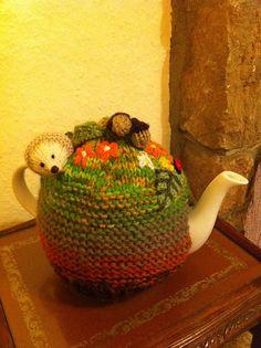 Ravelry: ElizabethLihou's Hedgehog Tea Cosy Knitted Tea Cosies, Tea Cozy, Knitting Patterns, Free Knitting, Northern California, Cosy, Ravelry, Hedgehog, Elf