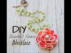 Beach-inspired DIY seashell jewelry that will get your summer memories … - Diy Necklace Deko Seashell Jewelry, Seashell Necklace, Seashell Crafts, Shell Necklaces, Diy Necklace, Flower Necklace, Pendant Necklace, Mermaid Crafts, Jewelry Crafts