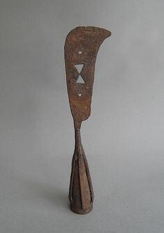 rusty utensil