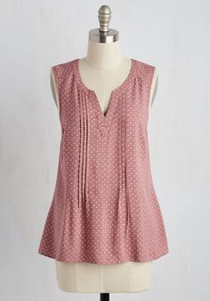 Learning Latin Top in Dusty Rose Dots. Dressed in this dusty pink top, you show that your ability to look darling matches your lingual learning aptitude! #red #modcloth