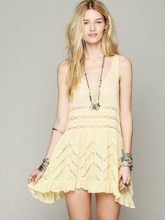 What I'm Craving Now: Yellow Dresses - Twenties Girl Style