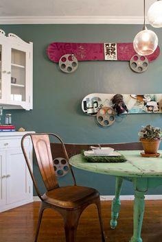 Looks so cool! #DIY #snowboard #kitchenstyle #diysnowboard #art #bluetomato