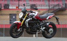 2015 MV Agusta Brutale 800 RR Quick Ride + Video http://www.motorcycle.com/manufacturer/mv-agusta/2015-mv-agusta-brutale-800-rr-quick-ride-video.html…