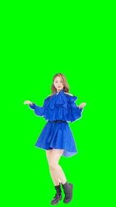 Green Screen Video Backgrounds, Green Backgrounds, Aesthetic Girl, Aesthetic Anime, Editing Pictures, Photo Editing, Twice Video, Tupac Pictures, Crying Girl
